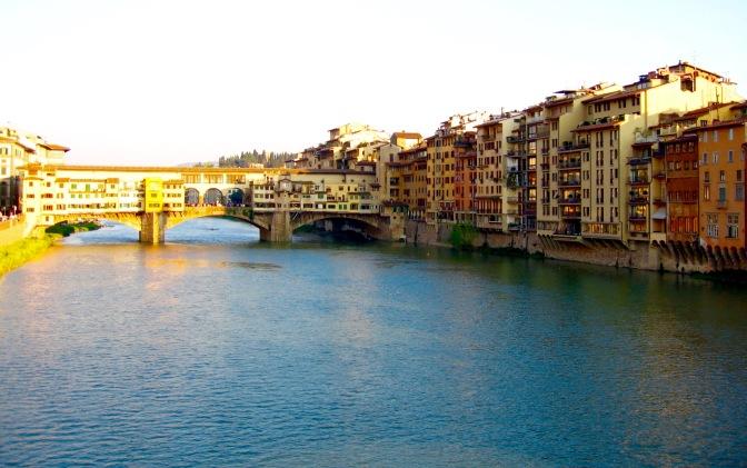 florence-arno-river-ponte-vecchio-travelnerdplans