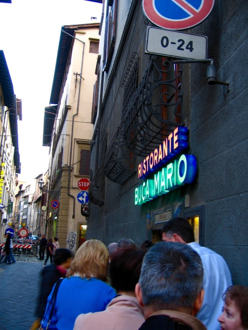 florence-restaurants-buca-mario-travelnerdplans