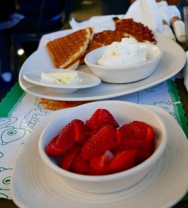 waffles at Cheeky's