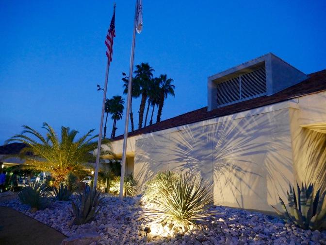 palm springs hilton evening travelnerdplans