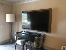 palm springs hilton living room 2 travelnerdplans