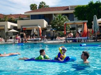 palm springs hilton pool 2 travelnerdplans