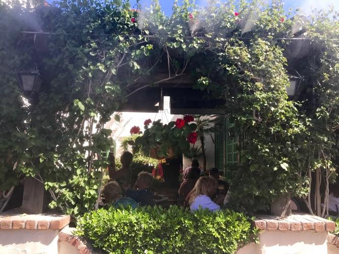 palm springs las casuelas terraza patio travelnerdplans