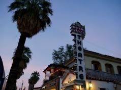palm springs plaza theatre travelnerdplans