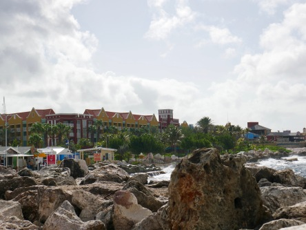curacao coming into port
