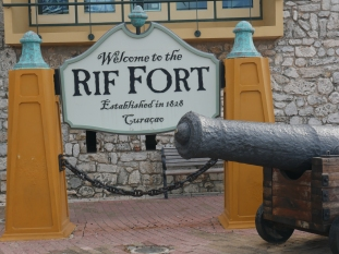 curacao rif fort