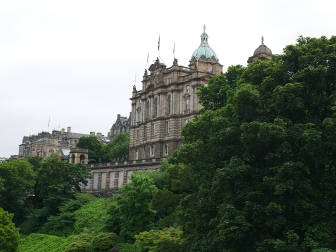 edinburgh museum on the mound