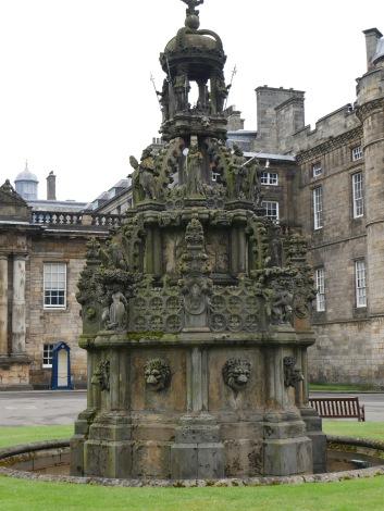 forecourt fountain
